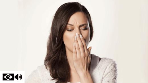 Descubra as causas do mau hálito e sua possível solução